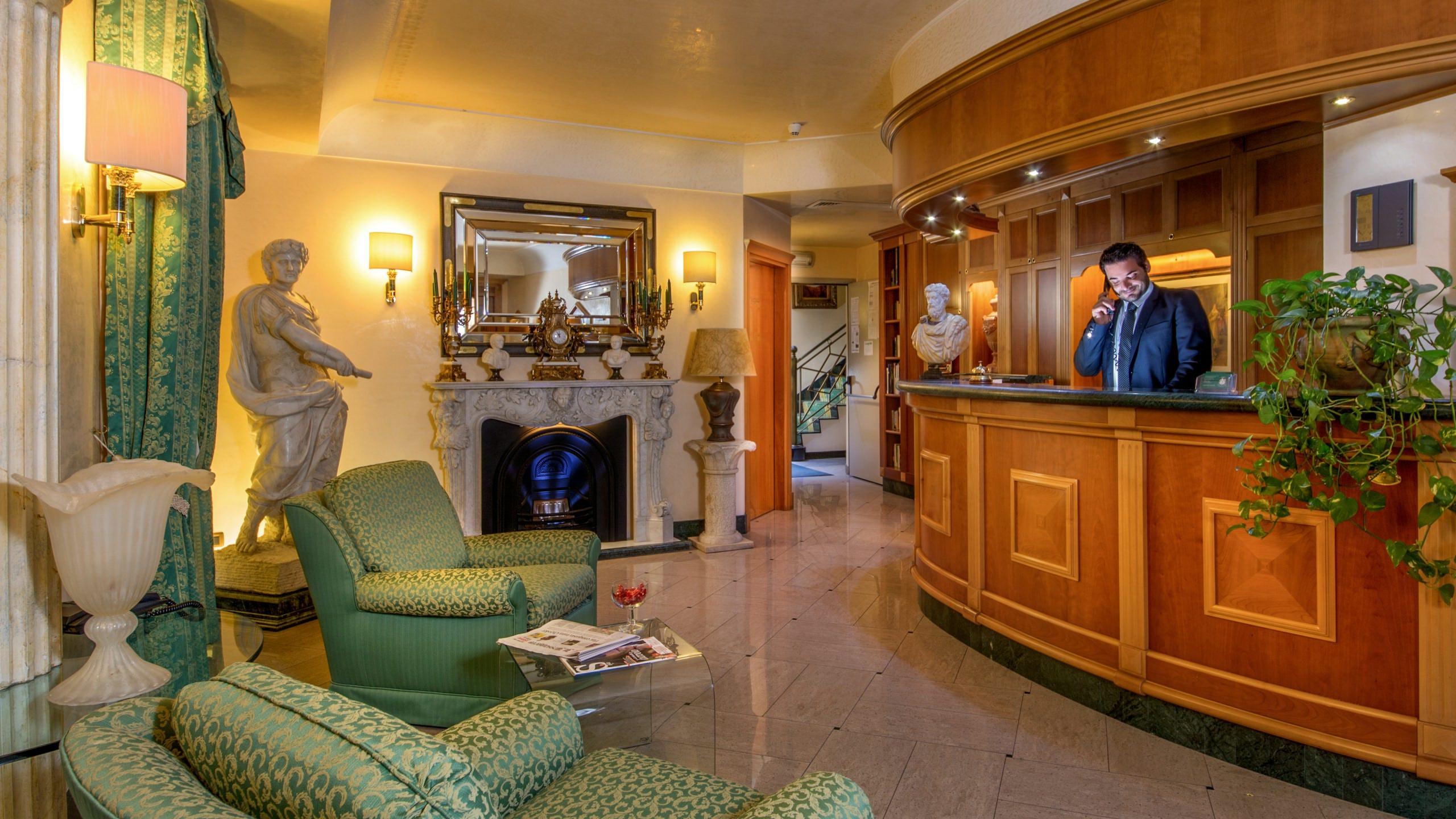 Hotel-Colonna-Frascati-hall-8