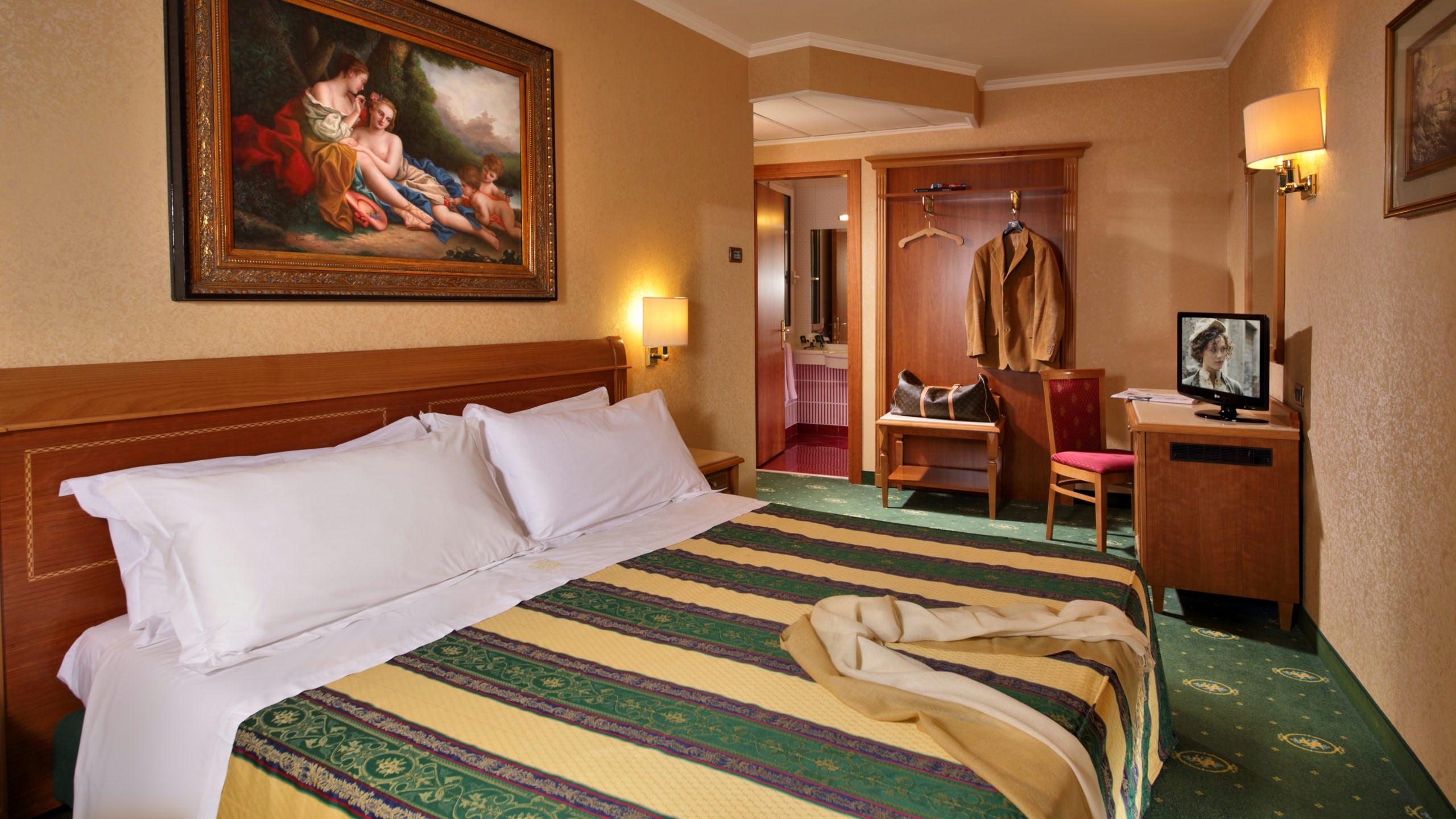 Hotel-Colonna-Frascati-camera-junior-suite