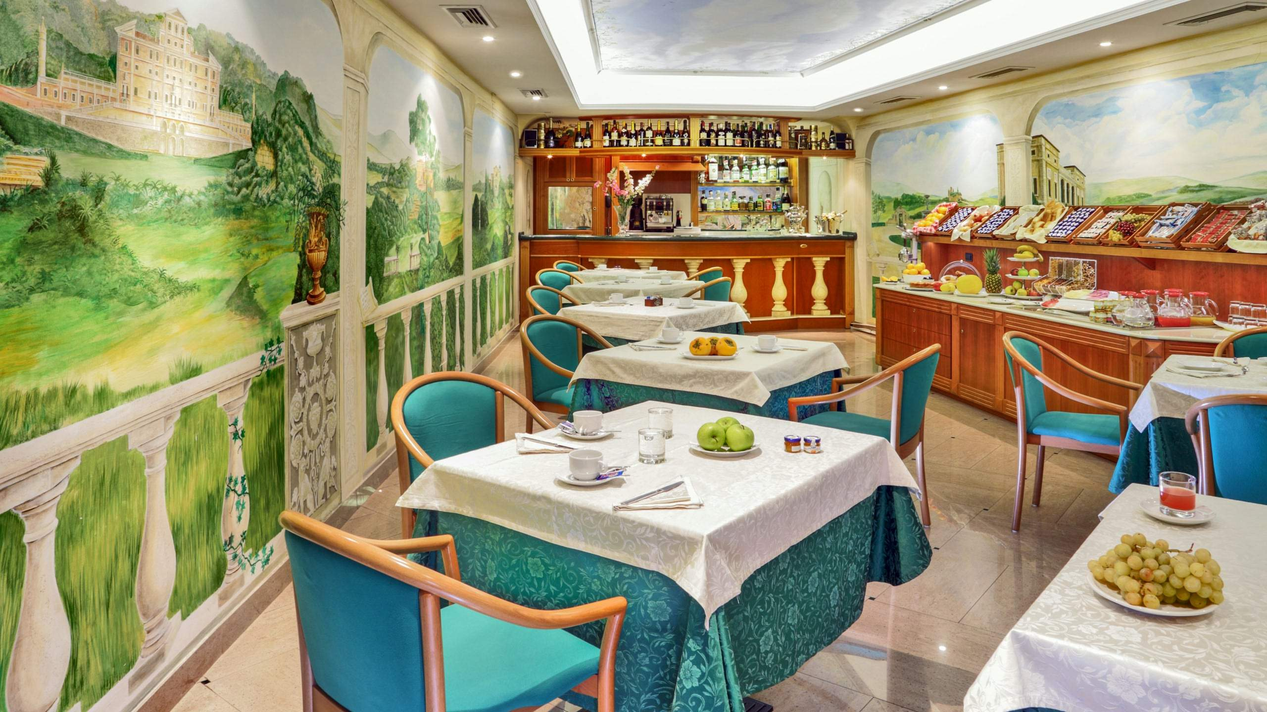 Hotel-Colonna-Frascati-breakfast-room-20