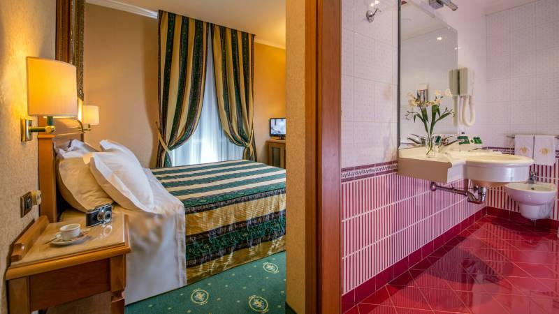 Hotel-Colonna-Frascati-comfort-room